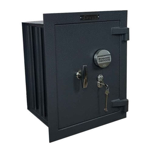 Wall safe M65